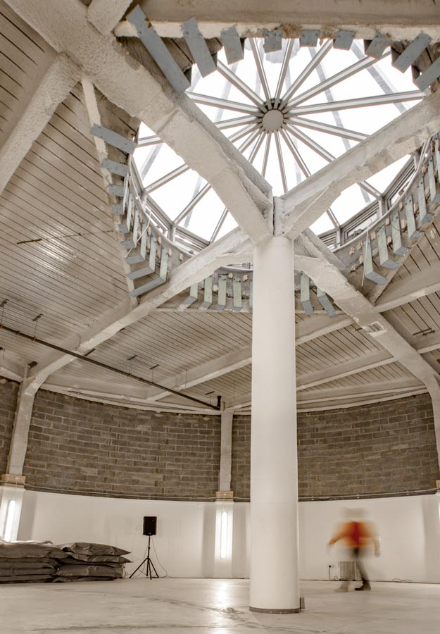 rotunda-5-carousel-625x900